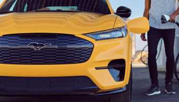 Проблемы при зарядке электромобиля Ford Mustang Mach-E