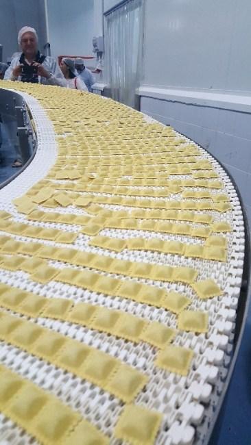 פסטה נונה - קו ייצור של הרביולי