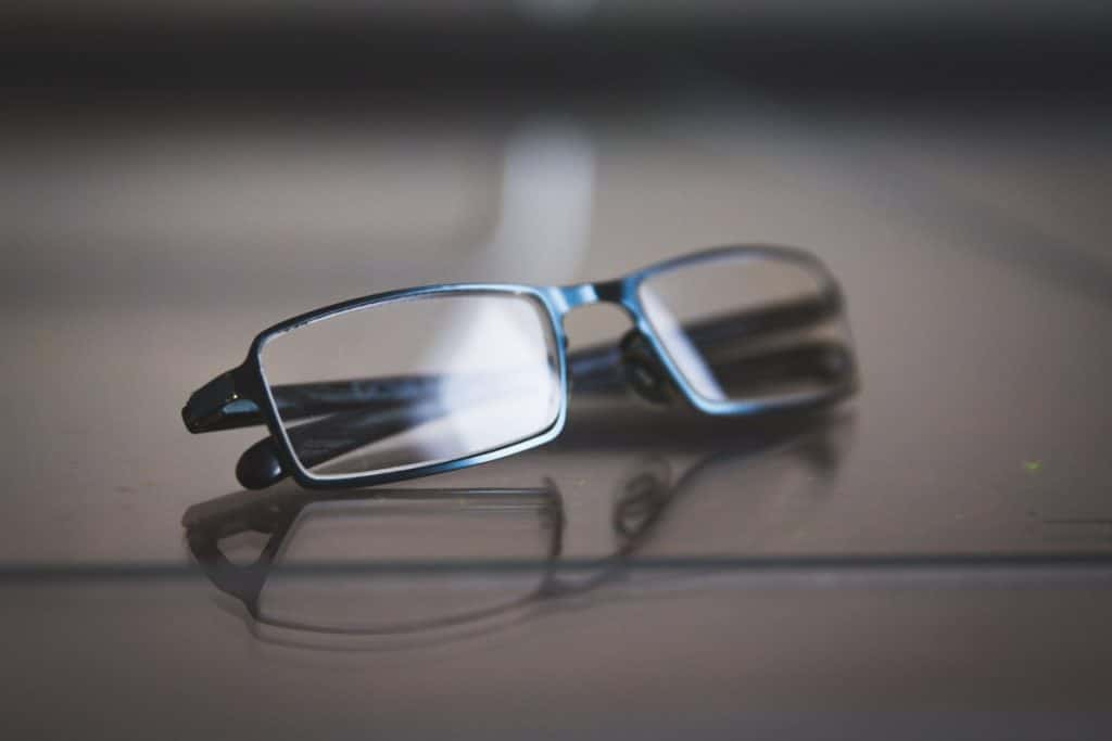 These Eyes: Electrical Safety and Metal Eyeglass Frames