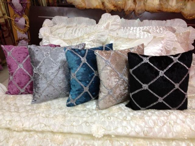 Coussin decoratif pour canape