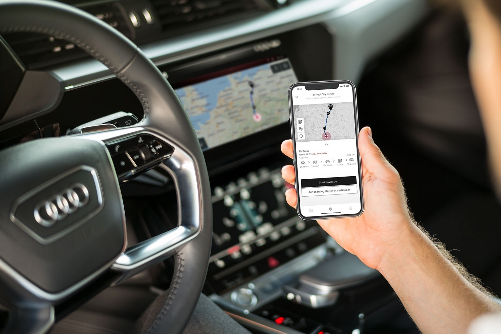 Das Infotainment-System des Audi e-tron kann so gut wie alles – ausser Bündner Dialekt. (Foto: Audi)