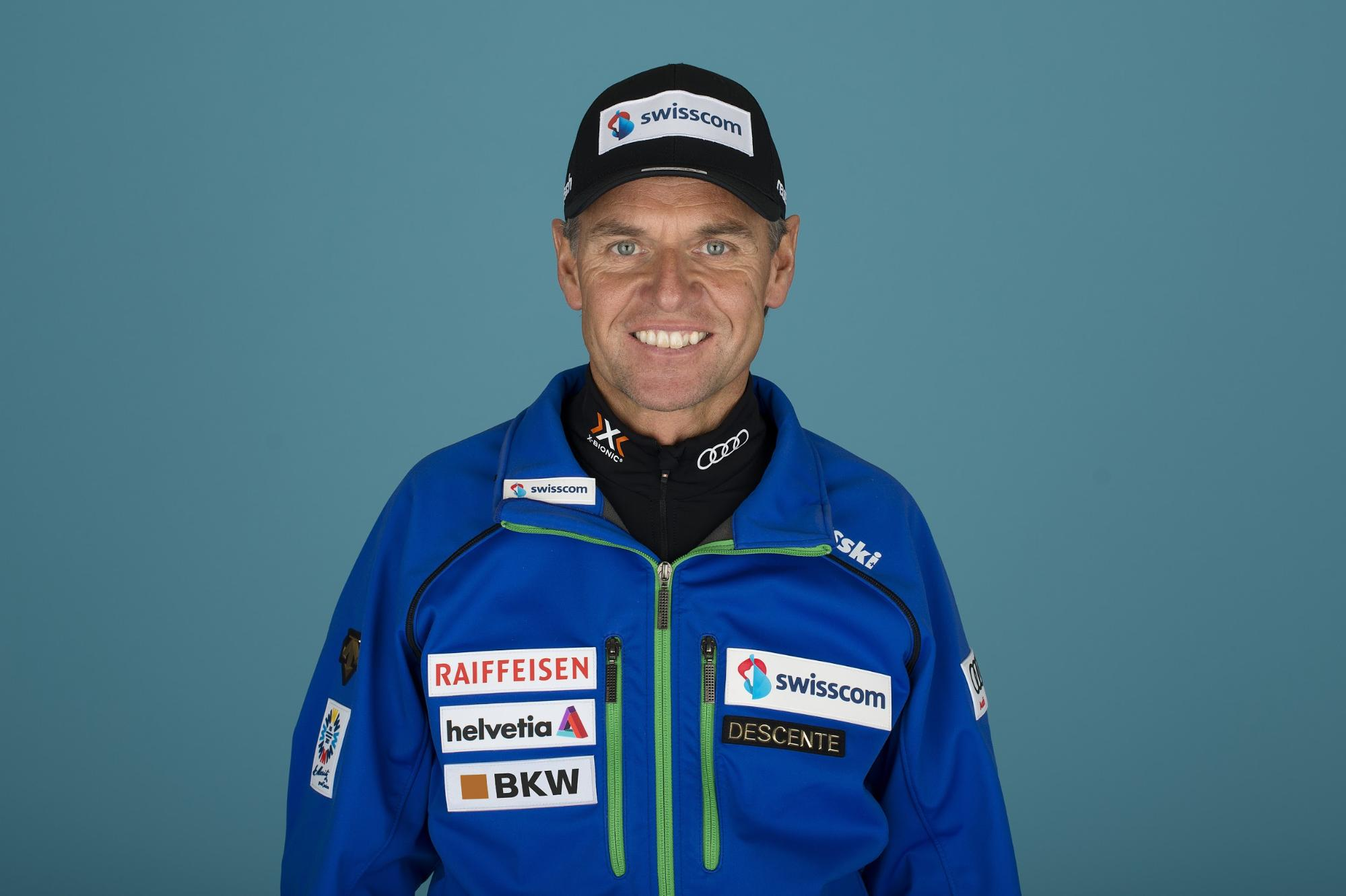 Franz Heinzer, allenatore di sci di velocità per il campionato europeo Swiss-Ski.