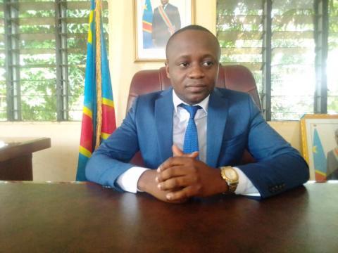 Jacques Bombaka, le plus jeune des gouverneurs, dans ses nouvelles fonctions 1