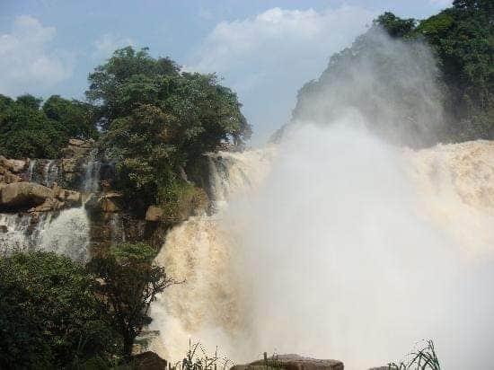 Les chutes de Zongo: un spectacle grandeur nature 1