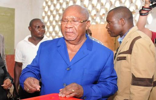 Les Présidents Lissouba et Yhombi inhumés provisoirement en France. 2