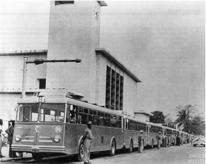 J'ai connu les bus scolaires à Léopoldville avec TCL et OTCZ 1