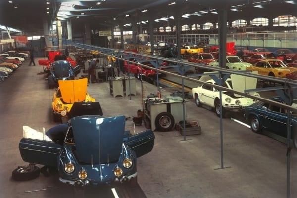 Renault ve Caterham sportif işbirliğinde buluştu