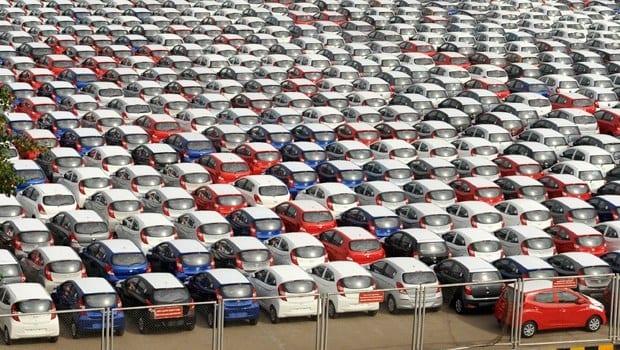 Otomobil satışları düşüşte