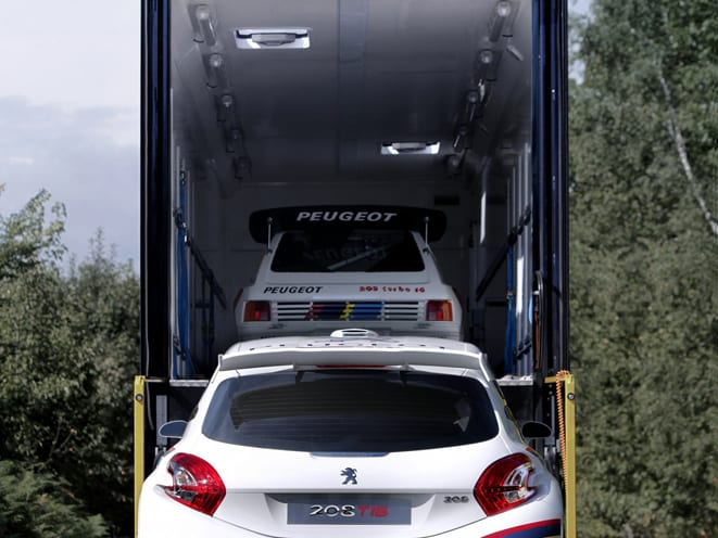 Peugeot Sport 208 ile 2013'te 205'in izinde