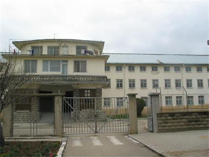 Потресаващо! Вижте как живеят жените в Сливенският затвор (видео)