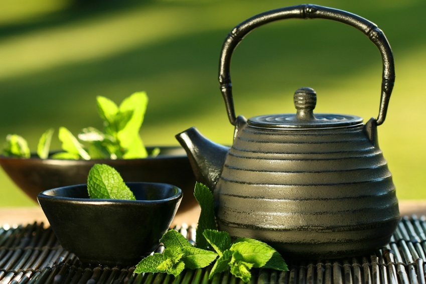 Това е най-добрият чай за отслабване! До празниците ще те свалили няколко кила!
