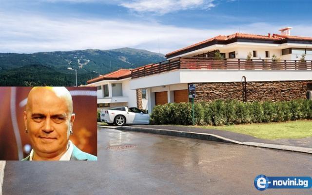 Слави Трифонов реши да живее на село, но в палат за 5 милиона! Вижте и другите му имоти!