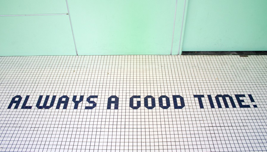 floor tiles that say always a good time