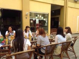 cafe talking