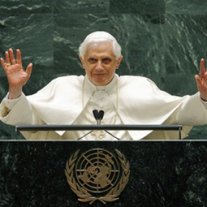 pope-addresses-un-staff-300x300