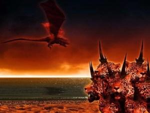 El dragón se quedó de pie en la arena del mar