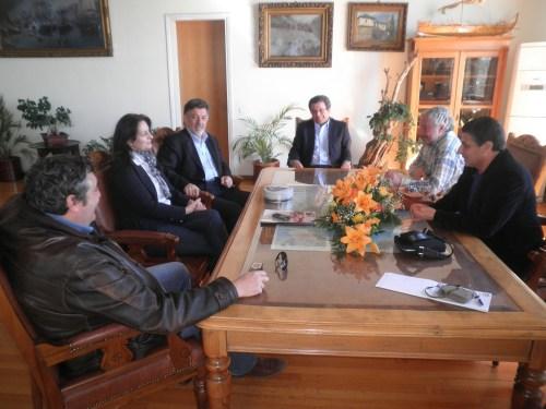 Από τη χθεσινή επίσκεψη του βουλευτή της Δημοκρατικής Αριστεράς και κοινοβουλευτικό υπεύθυνο για θέματα τουρισμού κ. Θωμά Ψύρρα στο Δήμο Βόλου