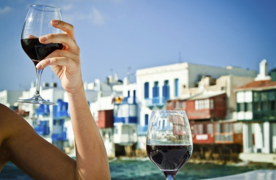 κρασί σε νησί
