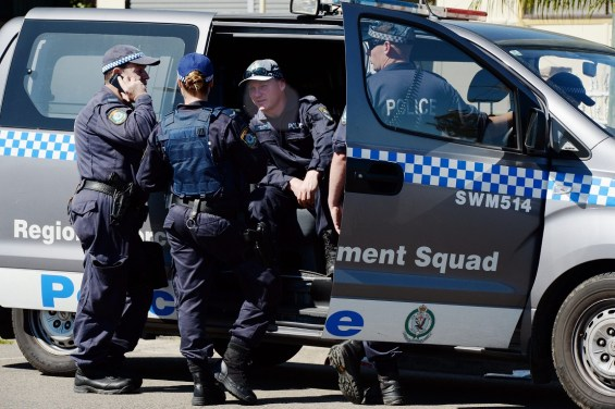 Australia raids target group suspected of public beheadings plot
