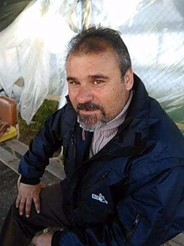 Ο Γιώργος Πατσής, 42 ετών, βλέπει το δρόμο της ανεργίας μετά από 20 χρόνια στη ΒΙΣ
