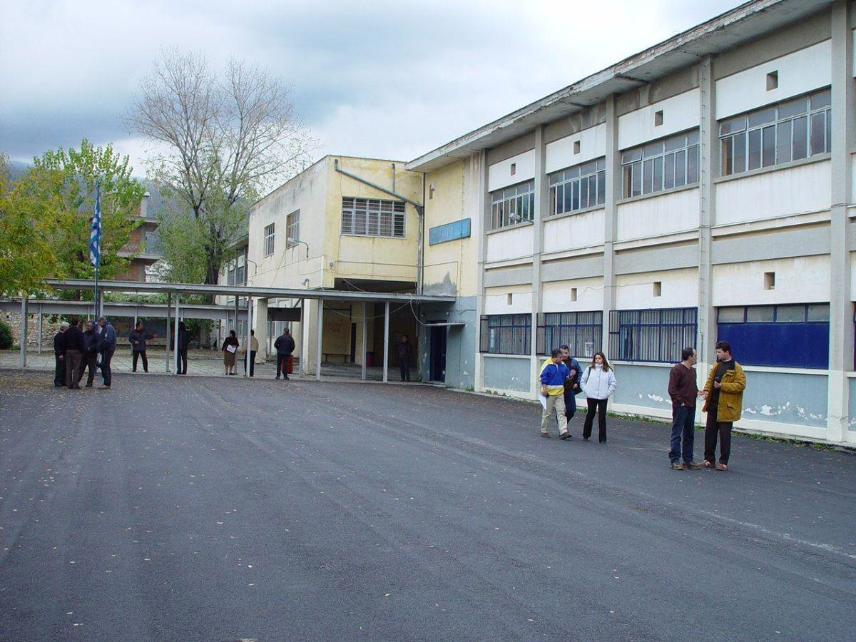 Ξεχωριστά εξεταστικά κέντρα τα 1ο και 5ο ΓΕΛ –Θα λειτουργήσουν 21 στη Μαγνησία για τις πανελλαδικές