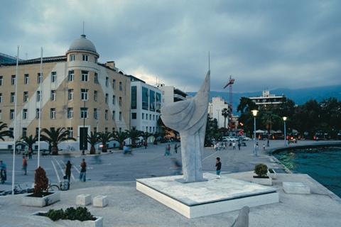Εγκαίνια μαθητικής έκθεσης με θέμα «Φωτογραφίζοντας Μνημεία της Μαγνησίας»