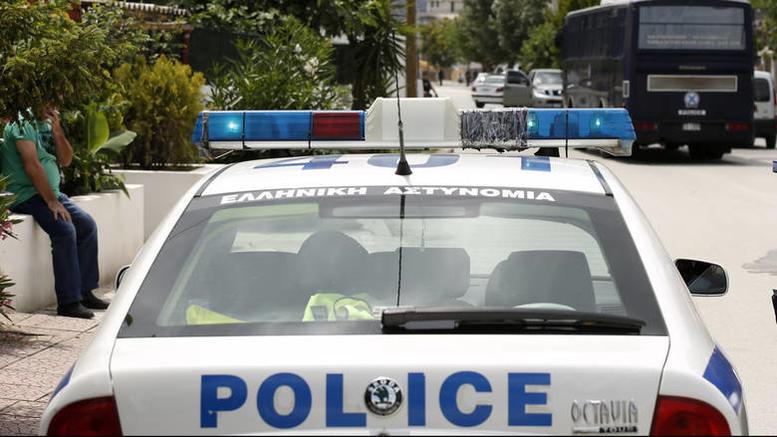 Πάτρα: Άγνωστοι έριξαν βόμβες μολότοφ σε προαύλιο δημοτικού σχολείου