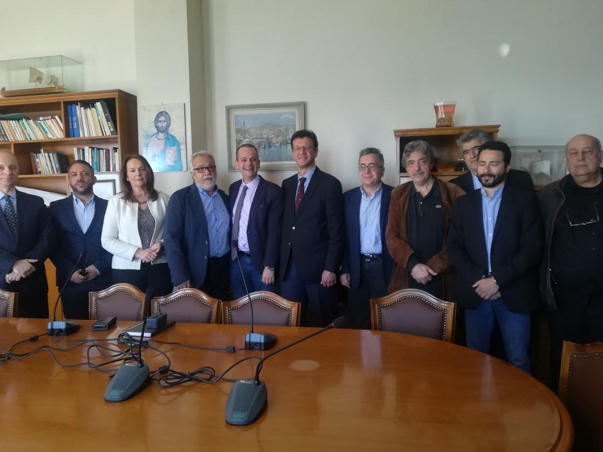 Υπογράφηκε η Προγραμματική Σύμβαση της μελέτης για τις συνδυασμένες μεταφορές στη Μαγνησία
