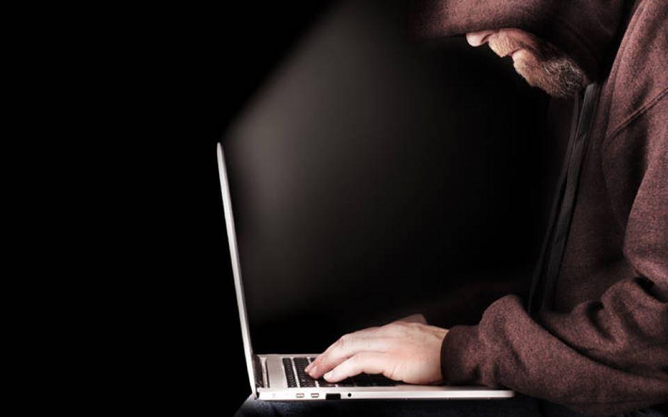 στρατιωτικές απάτες σε ιστότοπους γνωριμιών