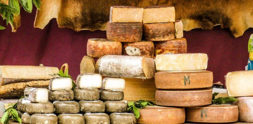 Εξαιρούνται τα ελληνικά τυριά από τους δασμούς που έχουν επιβάλει οι ΗΠΑ σε προϊόντα της ΕΕ