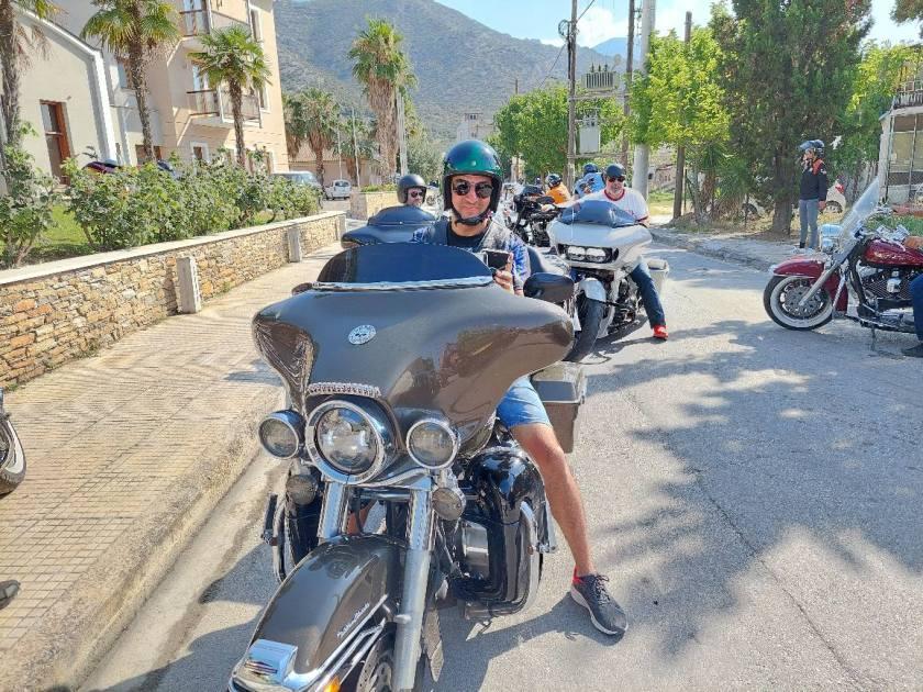 Δεκάδες θρυλικές Harley εξόρμησαν στο Πήλιο