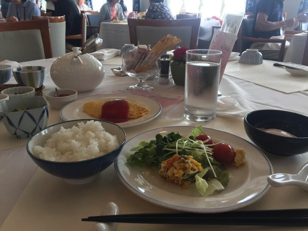 ぱしふぃっくびいなす朝食