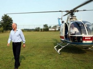 papandreou-helicopter-300×225-11112
