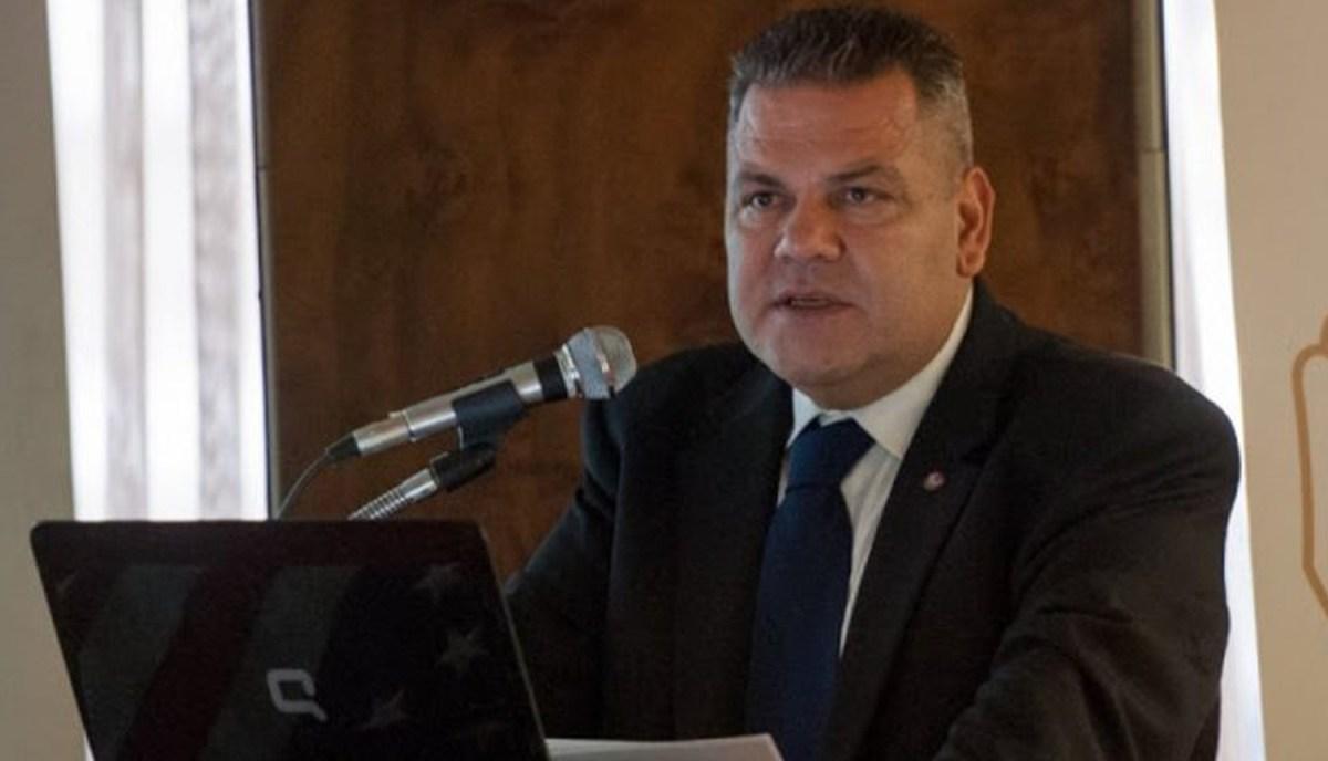 """""""ΒΟΜΒΕΣ"""" Αγραφιώτη στην επιστολή παραίτησής του από ΠΑΣΟΚ και ΚΙΝΑΛ"""