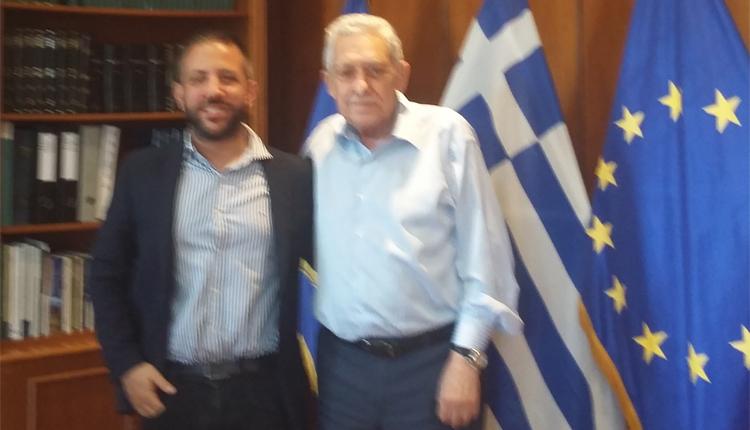 Ο Μεϊκόπουλος στον Κουβέλη για την 32η ΤΑΞΠΝ και οπλίτη γιατρό στην Αλόννησο