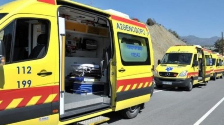 Ασθενής πέταξε στον γκρεμό πλήρωμα ασθενοφόρου
