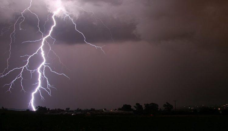 lightning1_0-1024×480