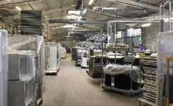 Різноробочий на пластиковий завод