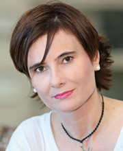 Eliane Brum, jornalista, escritora e documentarista (Foto: POCA)