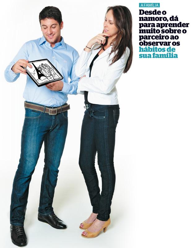 Família (Foto: Rodrigo Schmidt/ÉPOCA, ilustração Samuel Rodrigues e agradecimentos  Alfaiataria Persona, V.R., MOB e Capodarte)