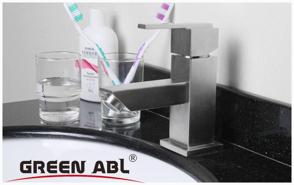 two handle kitchen faucet gray sink 龙头加工难度大些,价位相对贵些图片