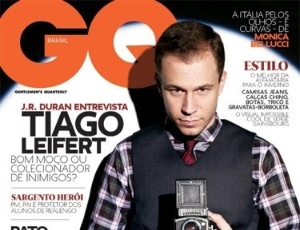 https://i0.wp.com/e.imguol.com/esporte/2011/05/11/capa-da-revista-gq-com-tiago-leifert-11052011-1305150001275_300x230.jpg