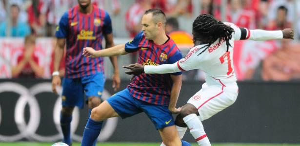 Barça chegou a ter 69% da posse de bola, mas cedeu empate e só venceu nos pênaltis
