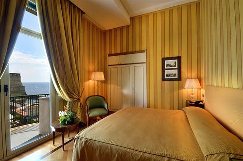 Grand Hotel Vesuvio a Napoli a partire da 89  Destinia