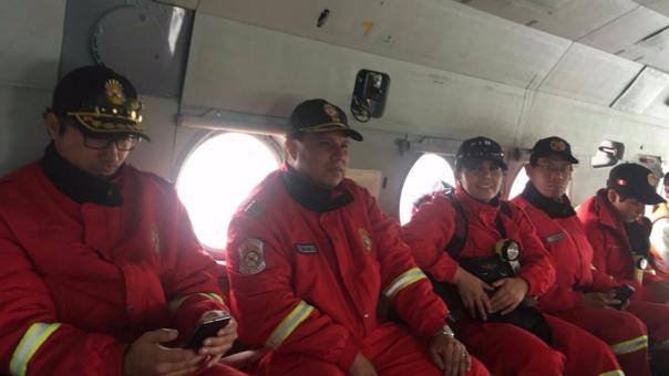 Bomberos viajan a Acari para rescate de mineros.