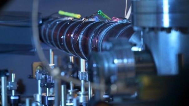 Para la creación de esta masa, los científicos atraparon los átomos con un rayo láser.