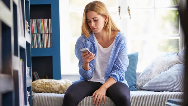 Para algunos profesionales la adicción al internet es un trastorno psiquiátrico, mientras que para otros sería la manifestación de un problema que acompaña a trastornos anímicos, de ansiedad y con otras adicciones.