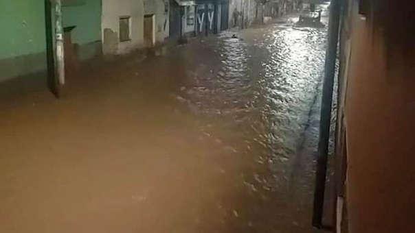 Impactantes imágenes de la inundación de Pisac.