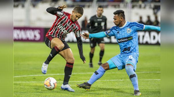 Binacional venció 2-1 a Sao Paulo en su debut de Copa Libertadores