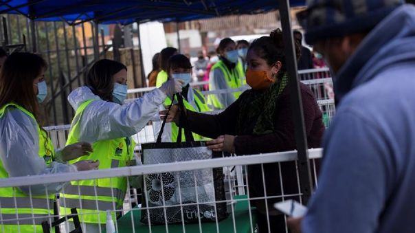Chile acumula más de 25 .000 contagios por COVID-19 y sigue en el séptimo lugar del mundo.